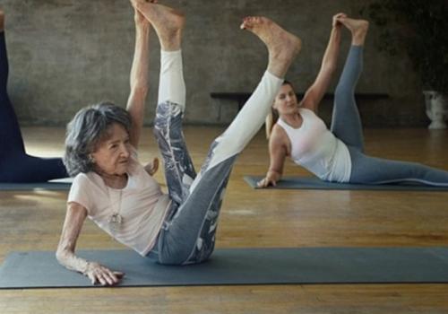 98岁身体似少女|练习瑜伽的注意事项