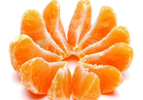 女童吃橘子变黄人|冬天吃橘子好吗